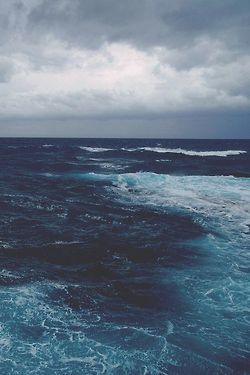 blue, clouds, grey, horizon, ocean, rain, sea, sky, storm, water, waves, white, wild