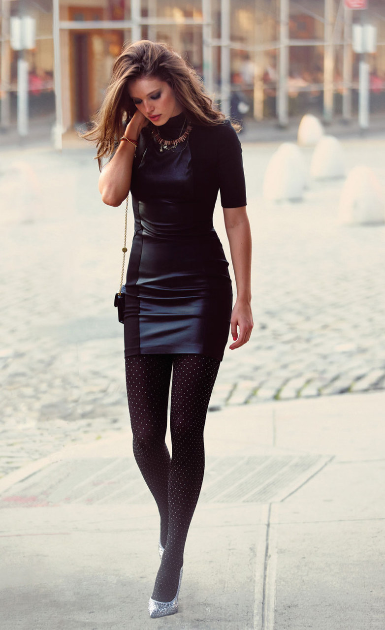 The Dos and Don ts of Wearing Leggings Outside the Gym Glamour Fashion with tights and leggings