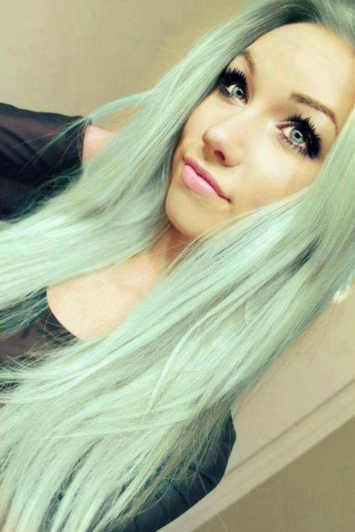 green hair tumblr - Google Search - image #2099062 by ...