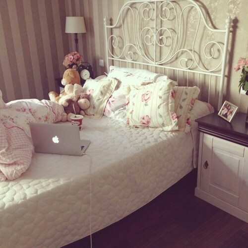 classy vintage and girly bedroom <,3 - image #2200362 by ...