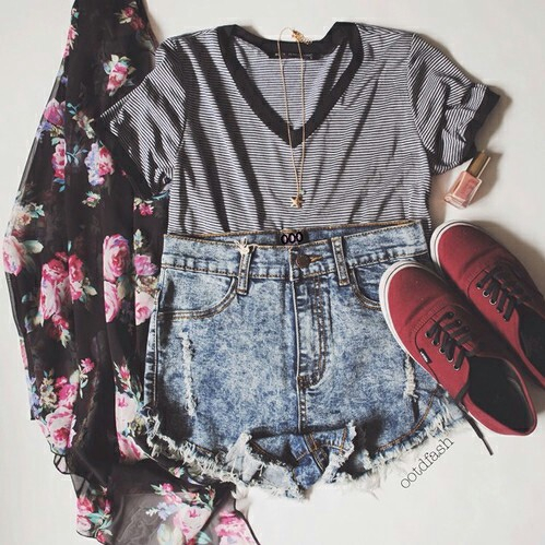 cardigan, outfit, shirt, shoes, shorts, t-shirt, top, vans