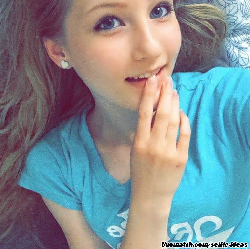 cute teen girl selfie - photo #41
