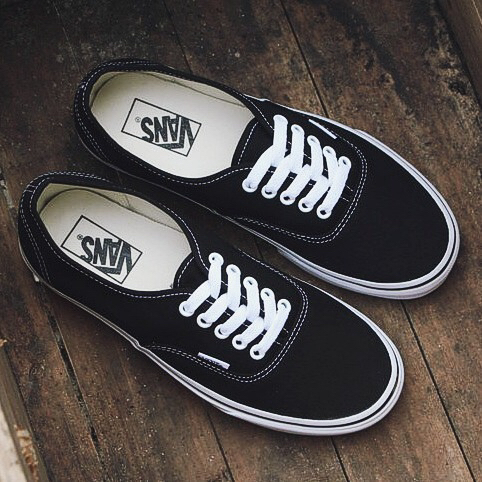 pictures of vans off the wall shoes