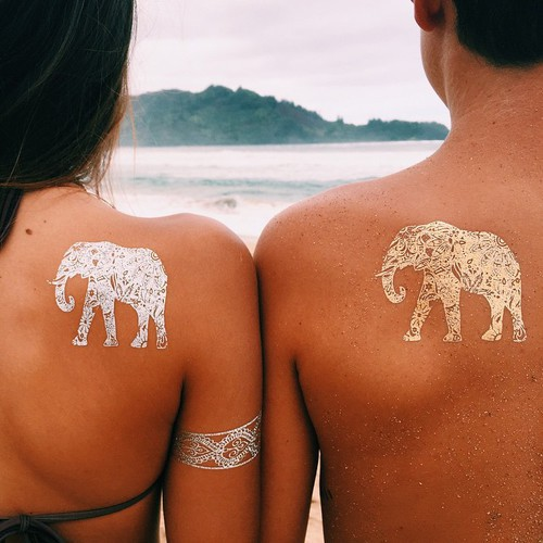 amor, beach, casal, couple, elephant, gold, happy, kiss, love, nostalgia, sea, silver, summer, tatoo, tattoo, tumblr, sunkist skin