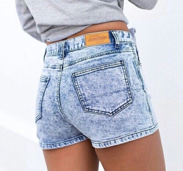 9d6e4c01d6 beauty, fashion, girly, high waisted shorts, jean shorts, outfit, quality,  style, sweatshirt, tumblr, tumblr girl, tumblr outfit