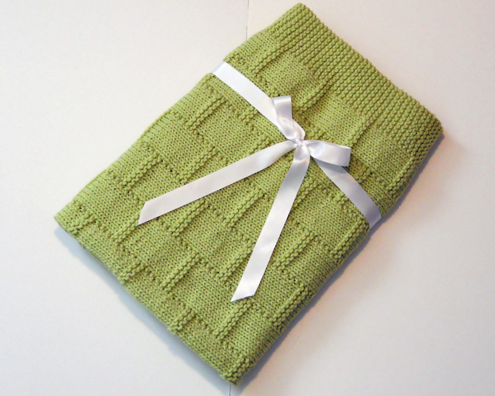 baby shower gift, hand knit, baby blanket and green blanket