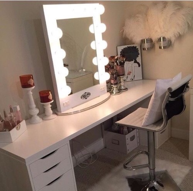 light up mirror, vanity, makeup and white