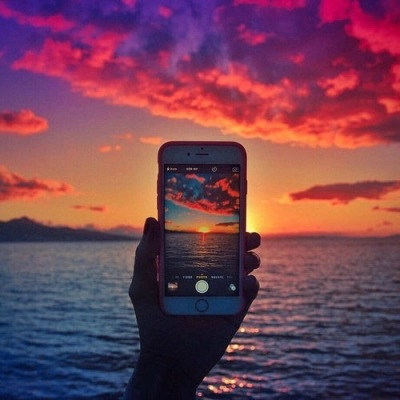 iphone, picture, sea and see the world
