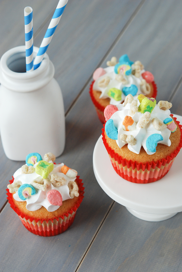 Lucky Charms Cupcakes - image #3805832 by winterkiss on Favim.com