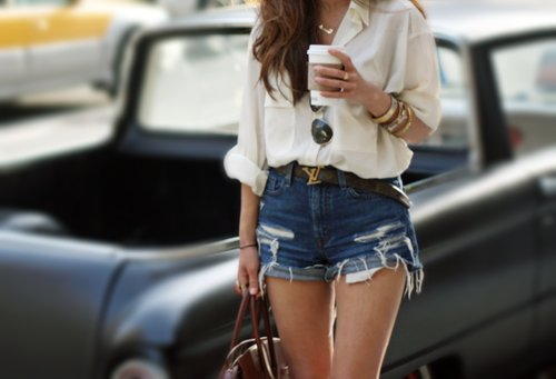 belt, big, coffee, high waisted, outfit, shorts, skinny legs, style, thin