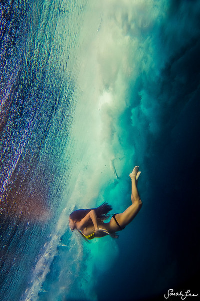 blue, female, girl, kiss, lee, ocean, photo, sarah, sarah lee, water, wave, wavesarah, woman