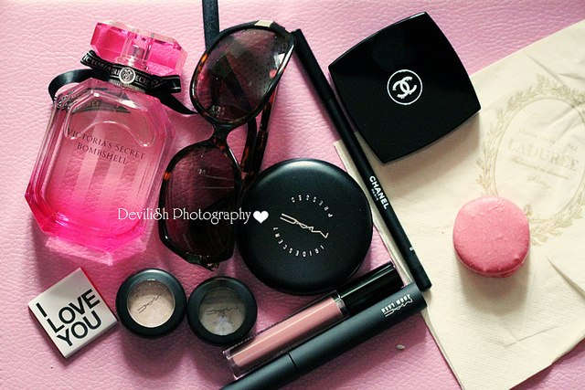 checka, girly, love you, makeup, perfume