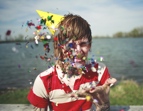 alternative, alternative boy, alternative guy, beautiful, beauty, boy, confetti, cute, guy, happy, hipster, party hat, pretty, smile