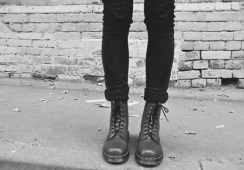 alternative, boots, british, combat boots, doc martens, dr martens, fashion, girl, punk, rock, shoes, street, thin, thinspo, underground