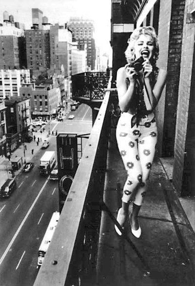 cars, city, marylin, marylin monroe, monroe, shoes