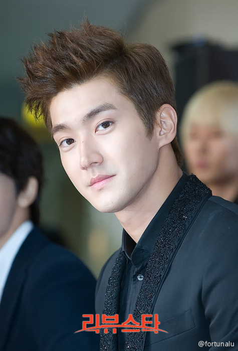 choi siwon, siwon, super junior, super show 4  image 245481 on Favim