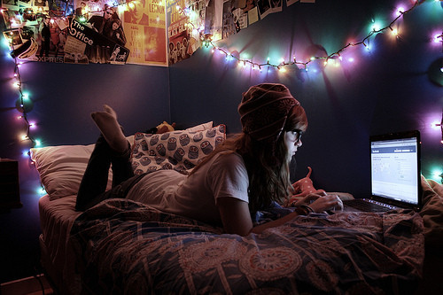 adorable, christmas, color, colour, colourful, cute, facebook, girl, glasses, hat, laptop, lights, room, sweet, xmas