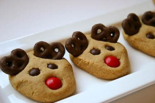 christmas, cookies, cute, food, holiday, pretzils, reindeer, xmas