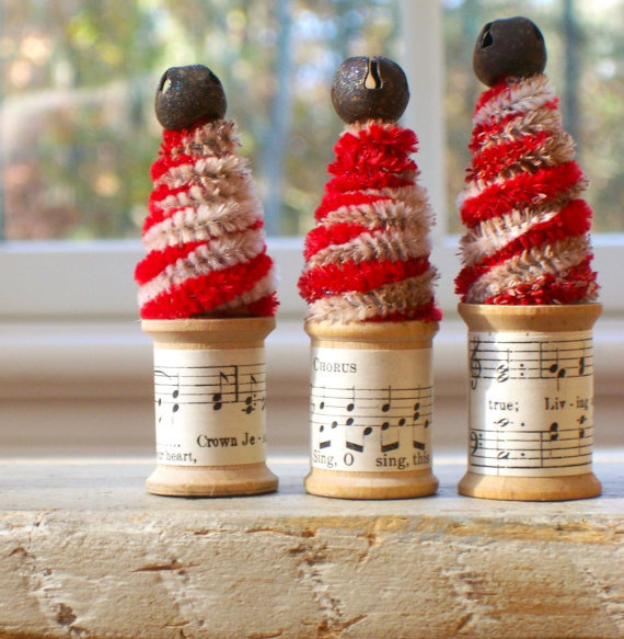 handmade christmas, spool, spool christmas, spool craft, spool holiday decoration