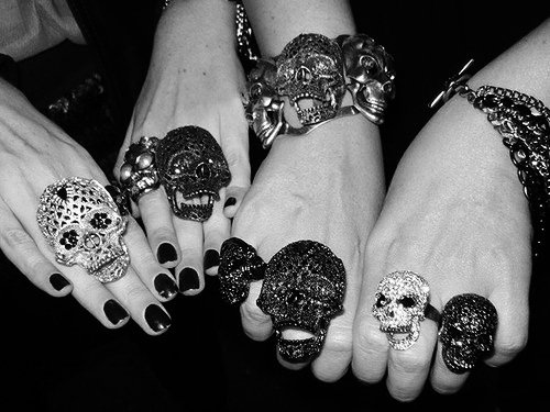 accesories, black and white, bracelets, fashion, rings, skull, skulls