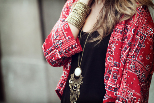 accessories, black, bracelets, cardigan, casual, cute, elegant, fashion, girl, gold, inspired, necklace, pattern, pendant, photography, print, red, simple, street, street fashion, style, sweater