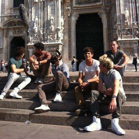 amazing, harry styles, having fun, italy, liam payne