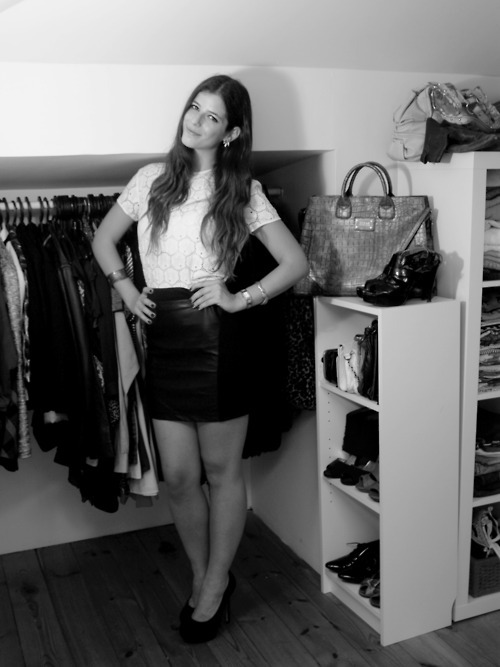 art, beautiful, beauty, black and white, chic, closet, fashion, girl, great closet, hair, legs, perfect, photography, sexy, style, wardrobe
