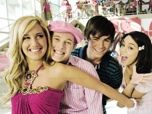 ashley tisdale, hsm, vanessa hudgens, zac efron