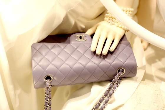 bag, bracelet, chanel, christmas, fashion, mannequin, paris, window shopping