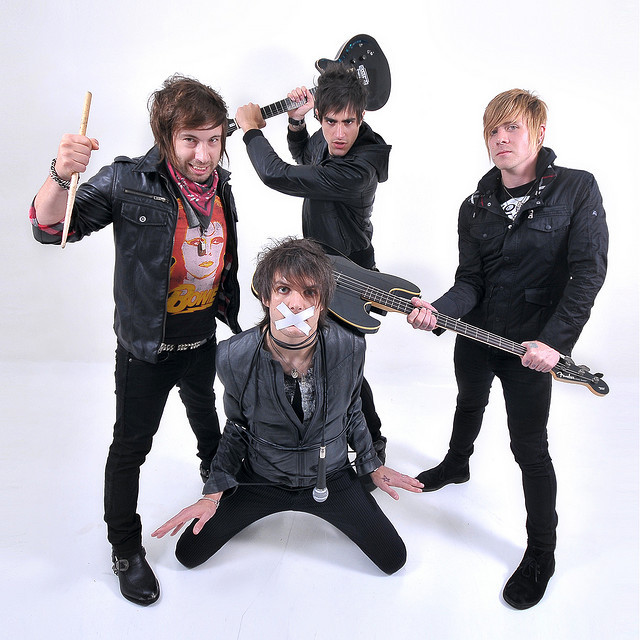 band, boys like girls, cute, funny