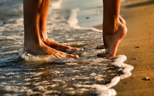 beach, beautiful, boy, couple, dream, dream forever, dreaming, girl, kiss, kissing, love, love it, photo, photography, pretty, summer, sun, water, wish, wishing, women
