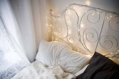 beautiful, bed, bed room, bedroom, color, colorful, colors, comfy, cute, deco, decoration, dream bed, fairy light, fairy lights, fairylight, fairylights, interior, interior design, light, lights, photography, pillow, pillows, pretty, room, rooms, vintage