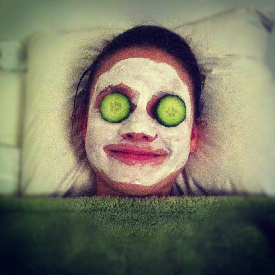 bed, crazy, cucumbers, facial mask, funniset picture