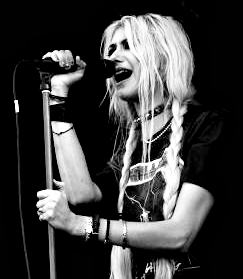 black, black and white, blond, blonde, cute, girl, gray, grey, singer, taylor momsen, the pretty reckless, tpr, white