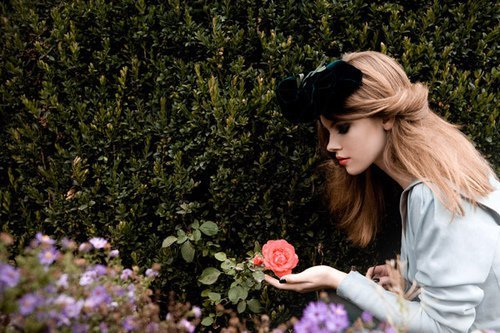 blond, bow, cool, elegant, fashion, flower, girl, model, plants, rose