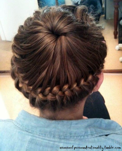 blonde, blonde hair, braid, braid hairstyle, braide