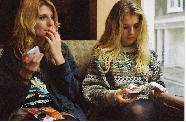 blonde, friends, girls , hair, indie