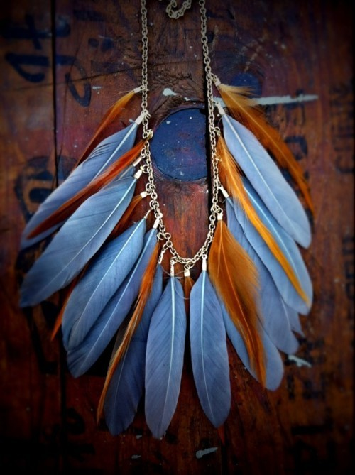 blue feathers, brown feathers, fashion, feathers, jewelry, necklace