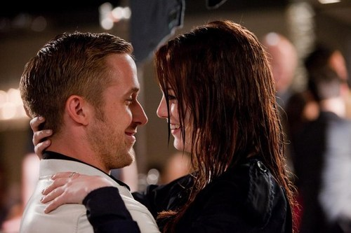 boy, couple, crazy stupid love, cute, emma stone, fashion, girl, hair, kiss, movie, night, rain, ryan gosling, smile, wet