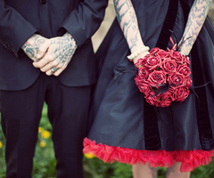 boyfriend, cool, cute, dark, dress, gilfriend, girl, like, love, loving, married, red roses, roses, she, suit, tattoo