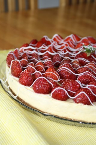 cake, cheesecake, food, strawberries, strawberry