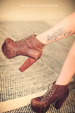 fake tattoo, fashion, henna, jeffrey campbell, love