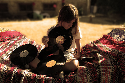 amazing, beautiful, brunette, fashion, girl, hipster, indie, music, photography, records, vintage, vinyl, vinyl records
