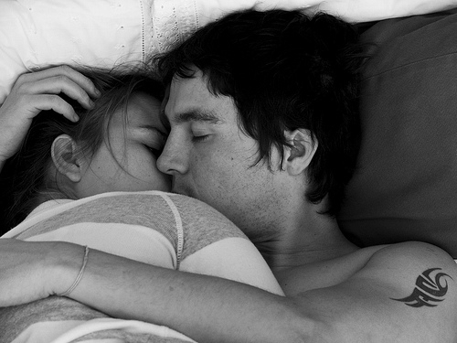 b&w, black and white, boy, couple, cute, girl, guy, hug, kiss, love, sleep, tatto, tattoo