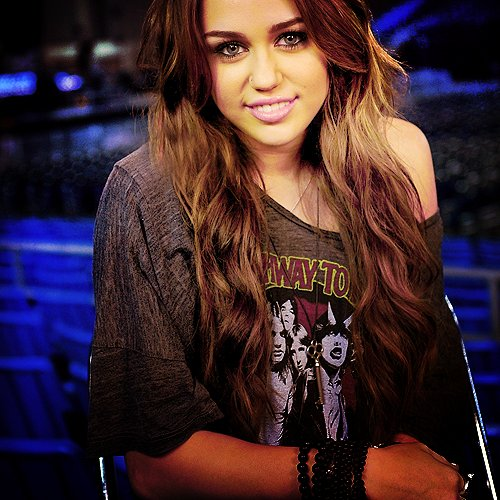 beutiful, cute, cute face, destiny hope cyrus, eyes, miley cyrus, pink lipstick is ugly, respect, sexy eyes, smile