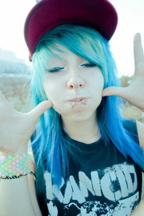blue hair, cute, puffy face, septum, snakebites