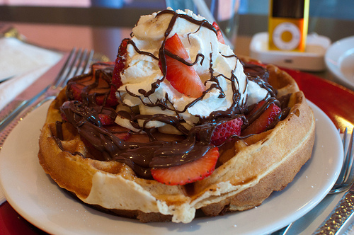 breakfast, chocolate, cream, dessert, eat, food, love, strawberries, waffle, waffles, yummyumm