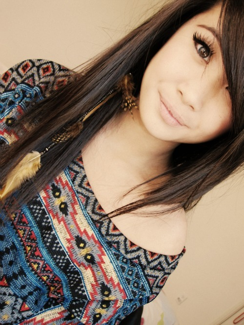 brown, brunette, dream, eyeliner, fashion, girl, hair, happy, large, long, lucky, make up, mode, pretty, smile, thearpy, wonderful