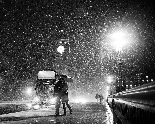Images Of Lovers In Rain: Bus, Couple, Kiss, Love, Rain