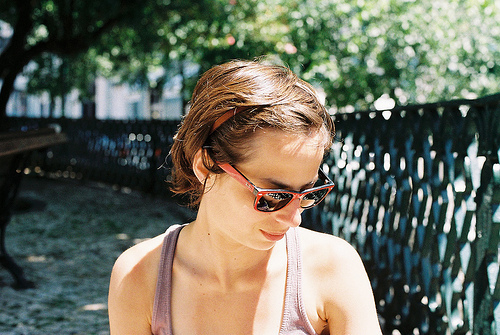 cool, cute, fashion, girl, glasses, hair, hipster, indie, ray-ban, sun, vintage